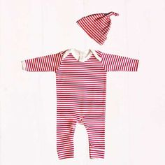 Red & White Stripe Print Baby Outfit Set Unisex Baby Gifts, Newborn Baby Gifts, Baby Boy Gifts, Baby Outfits Newborn, Baby Boy Gift Baskets, Baby Gift Hampers, Baby Hamper, Baby Bunting, Baby Presents