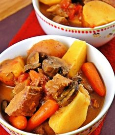 Slow Cooker Beef Stew, really yummy to come home to and you're not heating up the kitchen!