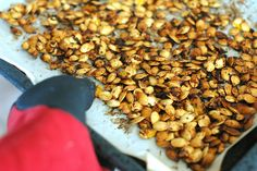DIY roasted pumpkin seeds - one of the best reasons to carve a jack-o-lantern this #halloween