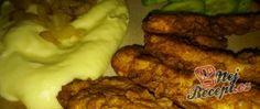 Recept Chicken strips s bramborovou kaší Chicken Strips, Chicken Wings, Den, Buffalo Wings