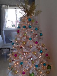 White Christmas tree 2013