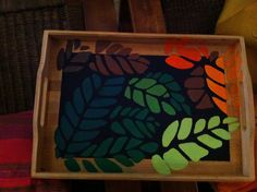Bandeja pintada a mano con Hojas