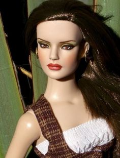 About Baylyn: Chase Model Party Sydney repainted by Laurie Leigh, dressed in Empire