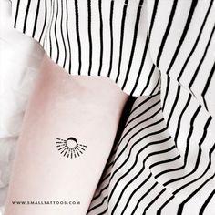 Minimalist Sun And Moon Temporary Tattoo (Set of – Small Tattoos Delicate Tattoo, Subtle Tattoos, Tattoos For Women Small, Small Tattoos, Unique Tattoos, Minimalist Tattoo Meaning, Minimalist Tattoos, Astronomy Tattoo, Paris Tattoo
