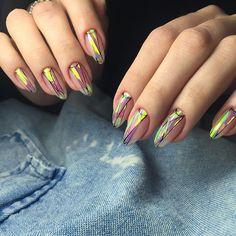Shattered Glass Nails by luxiogel.krasnodar