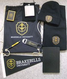THE-MAGICIANS-SYFY-BRAKEBILLS-UNIVERSITY-PROMO-FLASK-CARDS-JOURNAL-PEN-CAP-SCARF