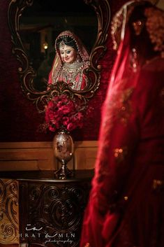 61 Fabulous Bridal Poses For The Stunning Bride-to-be Many people want wedding ceremonies in order Indian Bride Poses, Indian Wedding Poses, Indian Bridal Photos, Indian Wedding Couple Photography, Bride Photography, Bridal Portrait Poses, Bridal Poses, Bridal Photoshoot, Bridal Shoot