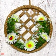 DIY FLOWER PANEL - Make your walls stand out with this adorable flower panel By: and beads from Tatiana - Diy Crafts Hacks, Diy Crafts For Gifts, Diy Home Crafts, Diy Arts And Crafts, Diy Crafts Videos, Creative Crafts, Crafts For Kids, Art Diy, Art N Craft