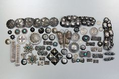 Old Navajo Silver Buttons Native Indian Jewelry, American Indian Jewelry, Navajo Jewelry, Silver Buttons, Vintage Buttons, Navajo Art, Navajo Style, Antique Jewelry, Vintage Jewelry