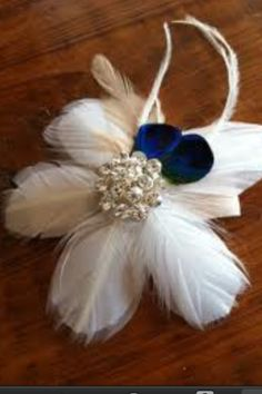 Wrist corsage idea - Jennifer Eure this is awesome!