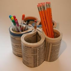 Recycling Old Phone Books into useful household items is a great idea. Book Organization, Desktop Organization, Book Crafts, Fun Crafts, Craft Books, Pencil Organizer, Phone Books, Pencil Cup, Upcycled Crafts