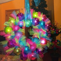 My version of the hanger-Christmas-ball-wreath