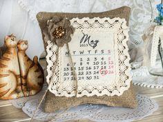 Calendar Rustic Chic  Wedding ring pillow with от RusticBeachChic, $26.00