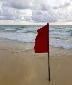beach red flag warning