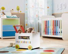 31 Cute and Creative Baby Nursery Rug Ideas Little Boy Bedroom Ideas, Cool Bedrooms For Boys, Boys Bedroom Decor, Baby Nursery Rugs, Baby Room, Decoration, Little Boys, Toy Chest, Creative