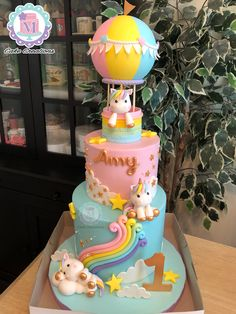 Unicorn Cake Design, Unicorn Cakes, Unicorn Cake Topper, Cookie Cake Birthday, Baby Birthday Cakes, Cake Decorating With Fondant, Fondant Decorations, Girl Birthday Decorations, Minnie Mouse Cake