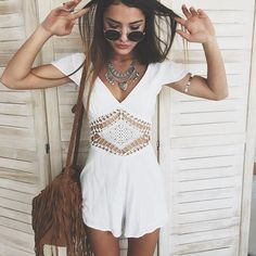 I'm obsessed with this outfit and am ordering it now. romper // necklace // glasses // bag