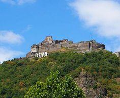 Turist in Romania, locuri mai putin promovate : orasul DEVA Romania, Mansions, House Styles, Mansion Houses, Manor Houses, Villas, Fancy Houses, Mansion, Villa