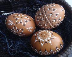 Satz von 3 dekorierten braune Huhn Eier, polnische Pysanky Wachs geprägte Eier