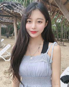 Beautiful Chinese Women-What A Chinese Women Wants Cute Asian Girls, Beautiful Asian Girls, Cute Girls, Korean Beauty, Asian Beauty, Prity Girl, Ulzzang Korean Girl, Uzzlang Girl, Grunge Girl