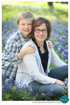 Fort Worth Mother Mom & Son Bluebonnet Spring Portraits 2014 Family Pose Ideas | Amanda Lynn Photography | www.amandalynnphoto.com