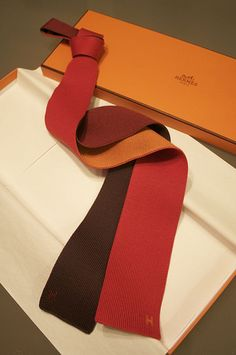 Hermes 4-colorway knit tie