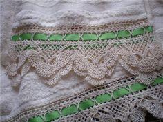 Linhas, Lãs, Barbantes e Tecidos: Toalha de Banho com um lindo barrado em croche…