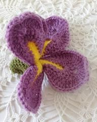 Click the banners below for more popular flower patterns, available via mail or download!   Dreamz wooden crochet hooks are great for nearly an project!       D