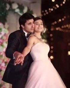 Indian Wedding Songs, Big Fat Indian Wedding, Indian Wedding Outfits, Wedding Dance Video, Indian Bridal Photos, Sangeet Outfit, Indian Marriage, Indian Wedding Photography Poses, Bollywood Wedding
