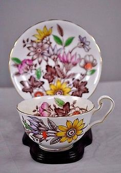 C & E VICTORIA TEA CUP AND SAUCER PAINTED FRAGRANCE PATTERN TEACUP FLORAL