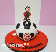 Monster Cakes Ana Del Rio Tortas, cupcakes, galletas, cakepops, oreo y masmelos decorados en chocolate. Clases permanentes, Cartagena de Indias Link directo a whatsapp dale click: api.whatsapp.com/send?phone=573153256282 www.horneadosconamor.com #monstercakes #cakescartagena #fondantcartagena #tortascartagena #pasteleriacartagena #cupcakescartagena #galletascartagena #cookiescartagena #cakepopscartagena #popcakescartagena #tortaspersonalizadas #cakecartagena #mesasdepostres…