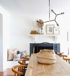 Why hello...this combo of boho modern minimalist definitely caught my eye! Want to see us recreate it for less? Time to start the vote! The pic with the most likes will be our next room redo! Image: @ruemagazine @amybartlam #CopyCatChic