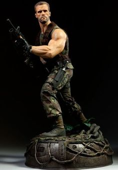 Dutch Schaefer Premium Format Figure from Predator. It is made by Sideshow Collectibles and is 1:4 scale (approx. 52cm / 20.5in high).  http://alien-predator.minimodelfilmstuff.co.uk/alien-predator/predator-dutch-schaefer-premium-format-figure-sideshow-collectibles-300110=pinterest  Sideshow Collectibles is proud to present the newest addition to our Premium Format collection, Major Alan Dutch Schaefer.   The Special Forces leader is captured in stunning 1:4 scale; featuring a real fabric...