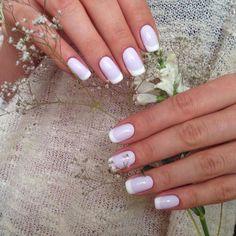 Bold nails, Creative nails, Everyday nails, Exquisite nails, Ideas of gentle nails, Ideas of lilac nails, Medium nails, Pale liliac nails