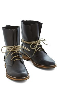 Out to Whimbrel Boot in Black. Birdwatching with playfully competitive pals, youre out to win in these black boots from Chelsea Crew! Cute Shoes, Me Too Shoes, Bootie Boots, Shoe Boots, Shoe Shoe, Jeweled Shoes, Vintage Boots, Vintage Heels, Boating Outfit