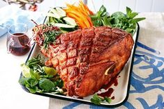Curtis Stone's sweet and spicy glazed Christmas ham Christmas Buffet, Christmas Lunch, Christmas Trifle, Christmas Dinners, Christmas Cooking, Holiday Dinner, Christmas Stuff, Christmas 2019, Christmas Ham Recipes