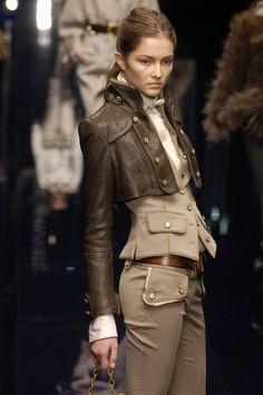 Fashion Art Photography Haute Couture Dolce & Gabbana New Ideas Fashion Art, Love Fashion, Trendy Fashion, High Fashion, Womens Fashion, Fashion Design, Fashion Trends, Milan Fashion, Mode Outfits