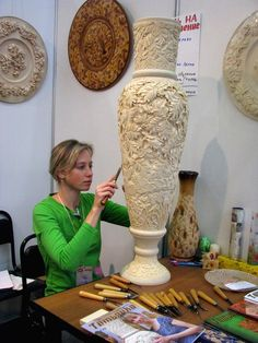 WOOD CARVING TATIANNA From history ... Craft planet fall 2008 year Mardaškina Maria Maksimovna and vase with râbinkoj (in) vk com