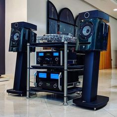 Audiophile, Hifi Stand, Hi End, Hifi Audio, Home Theater, Theatre, Sounds Great, Sound Waves, Loudspeaker