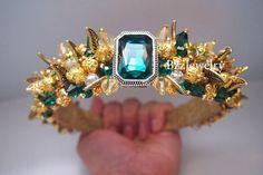 Green Dolce gabbana Baroque Headband and Earrings beaded