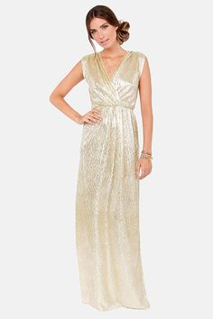 With its glimmering fabric, the All that Shimmers is Gold Light Gold Maxi Dress will have you shining like a starlet! Surplice bodice forms a deep V in front and back. Gorgeous Prom Dresses, Cute Prom Dresses, Gala Dresses, Casual Dresses, Bridesmaid Dresses, Formal Dresses, Bridesmaids, Formal Wear, Party Dresses