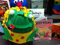 Sunny Days in Second Grade: More Storybook Pumpkins! Halloween Books, Halloween Pumpkins, Halloween Costumes, No Carve Pumpkin Decorating, Pumpkin Carving, Book Projects, School Projects, Pumpkin Books, Pumpkin Ideas