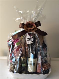 Gift Baskets, Gift Wrapping, Gifts, Gift Wrapping Paper, Presents, Gift Basket, Gifs, Food Gift Baskets, Gift Packaging