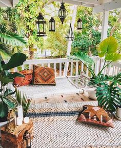 Best Boho Chic Outdoor Furniture To Redesign Porch Looking to upgrade your outdoor space? Get inspired before you start your makeover by these bohemian porches. From the eclectic to the colorful, here are our favorite boho outdoor spaces. Interior Exterior, Interior Design, Interior Balcony, Asian Interior, Interior Ideas, Interior Colors, Interior Plants, Kitchen Interior, Room Interior