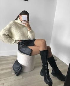 Follow our Pinterest Zaza_muse for more similar pictures :) Instagram: @zaza.muse | Faux leather skirt. Women's fashion. Style inspiration