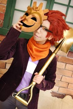Cosplayer: メグル  Character: Rando Ascad Title:  Professor Layton and the Mask of Miracle (via CosplayCure.com)