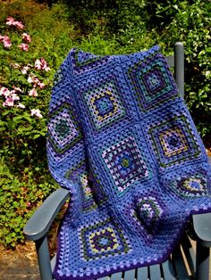 Color inspiration ::  Granny Blues Afghan, by playingwithcolor.  Various yarns, such a pretty mix of colors  #crochet #blanket #throw #granny_square