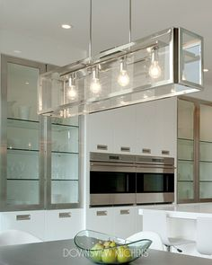 ESSENTIAL WHITE - Downsview Kitchens and Fine Custom Cabinetry | Manufacturers of Custom Kitchen Cabinets