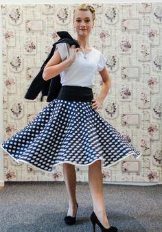 Sommerrock Punkte blau weiß aus dem Modeatelier klennes Chemnitz