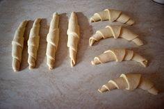Nejlepší domácí rohlíky podle Kubíka » MlsnáVařečka.cz Pie, Bread, Food, Recipes, Torte, Cake, Fruit Cakes, Brot, Essen